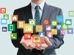 2000種類以上のアプリ同士を連携できる!業務効率化サービスZapierの特徴3選のサムネイル画像
