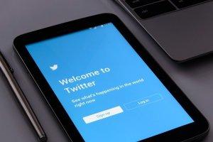 【Twitter取扱説明書】Twitterの基本〜新機能までまとめましたのサムネイル画像