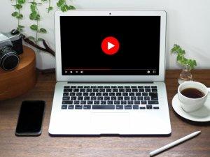 【2021年最新】YouTubeのライブ配信、Youtuberに関する用語 〜YouTube関連記事まとめ〜のサムネイル画像